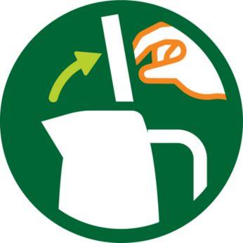 Широко открывающаяся откидная крышка для удобства наполнения и чистки чайника