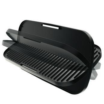 Duo plate to choose smooth or ribbed grilling