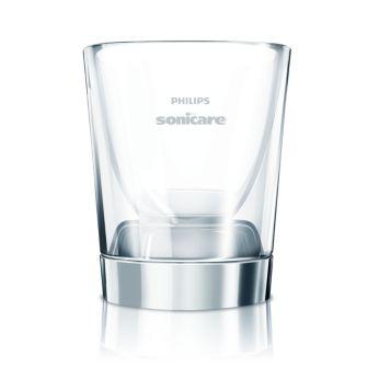 Щетка смотрится очень элегантно в стакане с зарядной базой