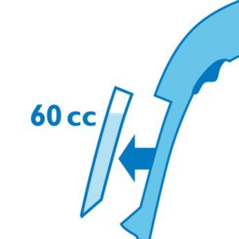 Съемный резервуар для воды удобно наполнять