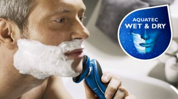 Aquatec seal for a comfortable dry and a refreshing wet shave