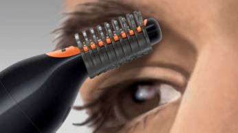 2 combs to tidy up eyebrows