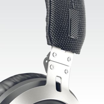 Ayarlanabilir kulaklık modülleri ve baş bandı her kullanıcıya uyar