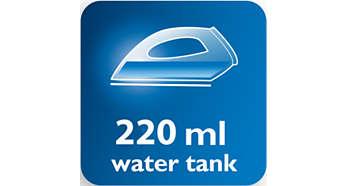 Nagy, 220 ml-es víztartály és kényelmes vízbetöltés