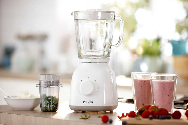 Fresh smoothie and food made easy
