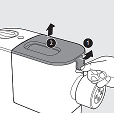 Step 1 and 2: Cleaning your Philips pasta maker