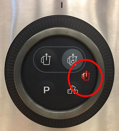 Red error icon — Philips vacuum blender
