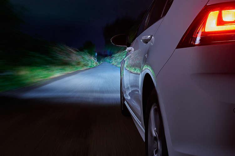 Chuyên bán đèn xe hơi Philips halogen tăng sáng và LED tăng sáng - 15