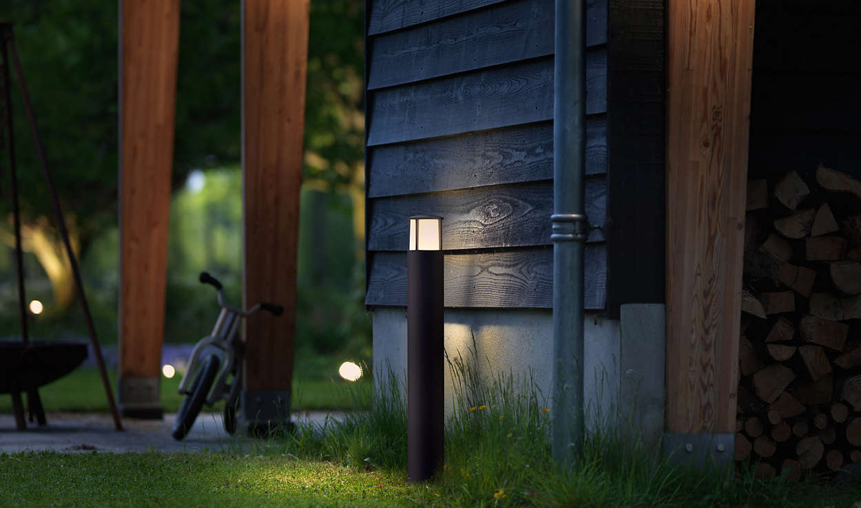 Pedestalpost 164679316 philips enjoy a beautiful garden with light buycottarizona