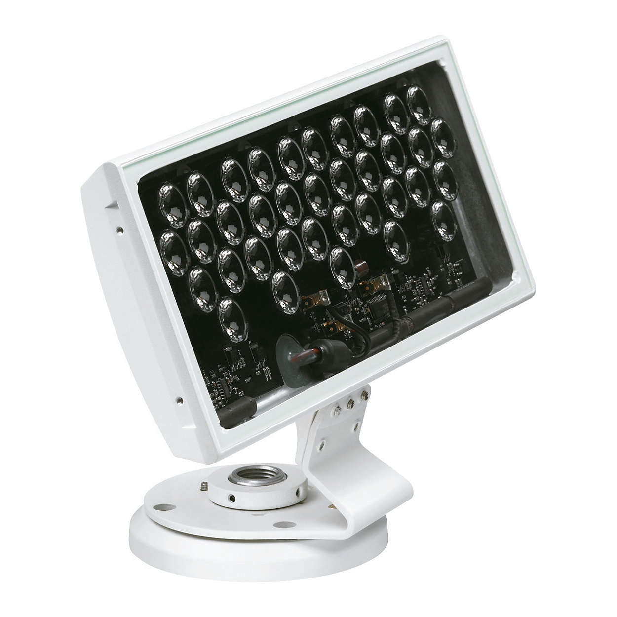 ColorBlast 6 i 12 — oprawy LED wykorzystujące technologię RGBdedykowane dozastosowań wewnętrznych i zewnętrznych