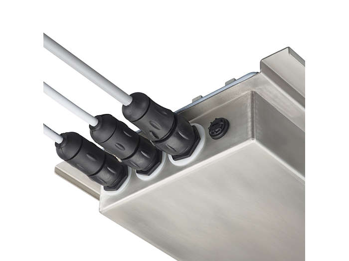 Plug & play connectivity (MDD): mains and DALI cables plugged in