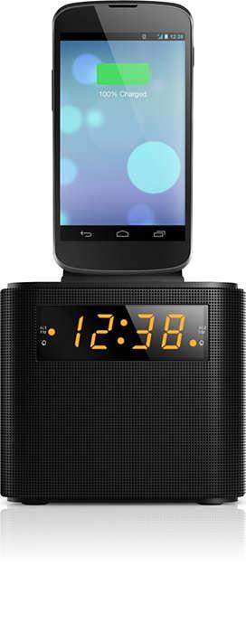 Probouzejte se rádiem FM schytrým telefonem plně nabitým