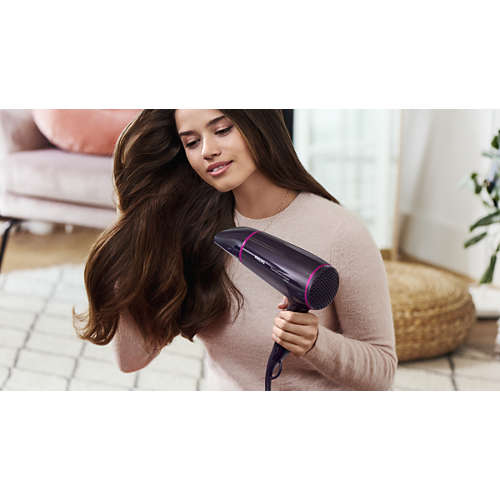 DryCare Essential Uscător de păr
