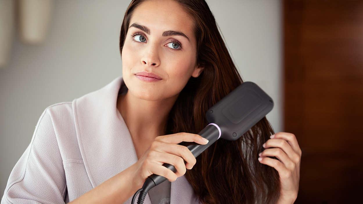 StyleCare Essential Vyhrievacia kefa na vyrovnávanie vlasov BHH880 ... 0295c4ea975