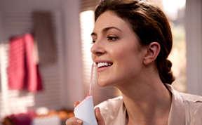 كيفية الحصول على ابتسامة صحية بيضاء ومشرقة