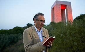 Poet Sunay Akin at work in Gallipoli