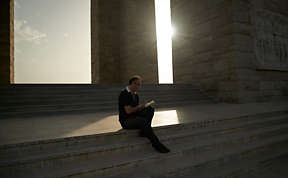 Reflecting at the WW1 memorial