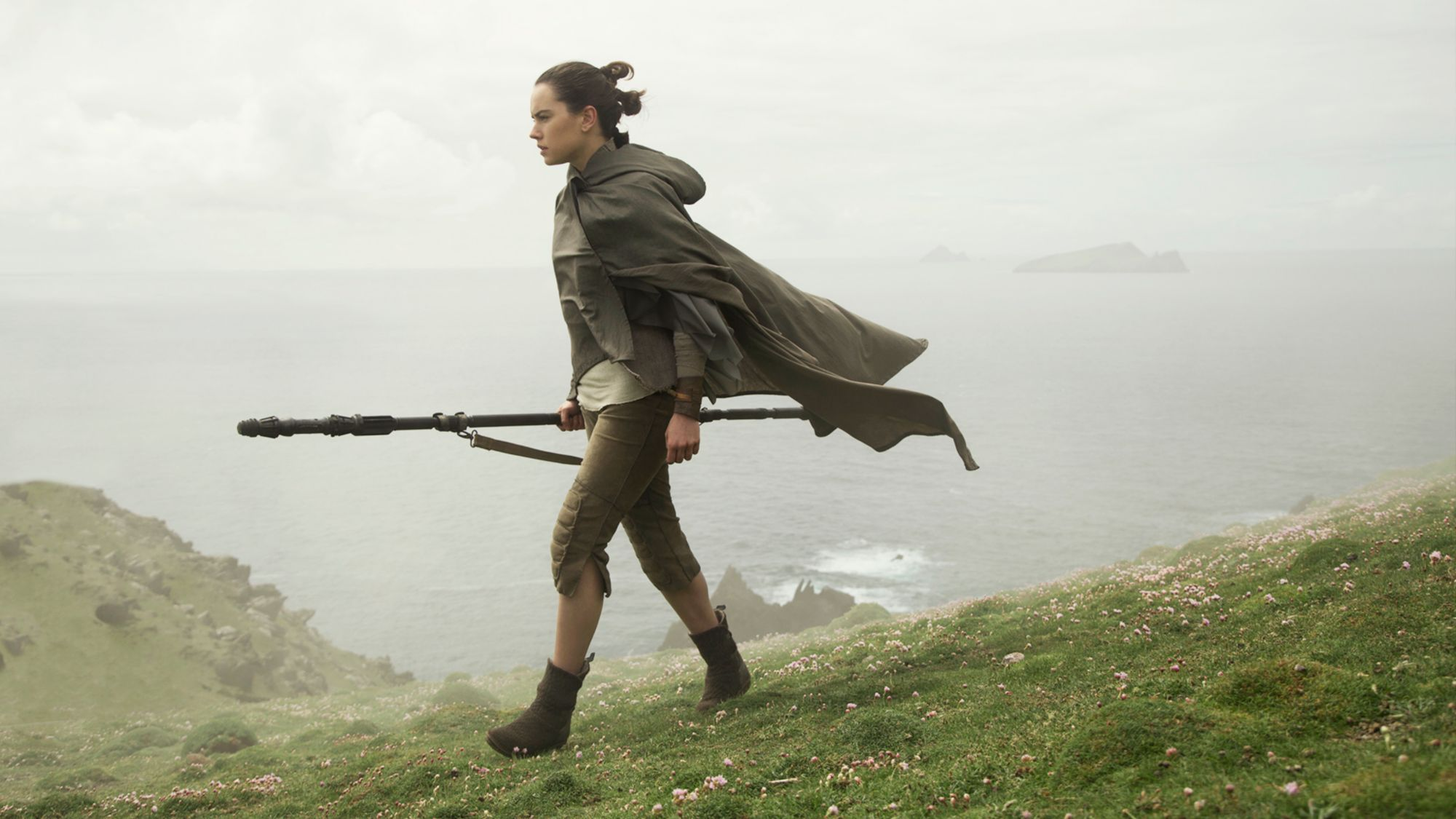 Star Wars The Last Jedi hub: Rey training