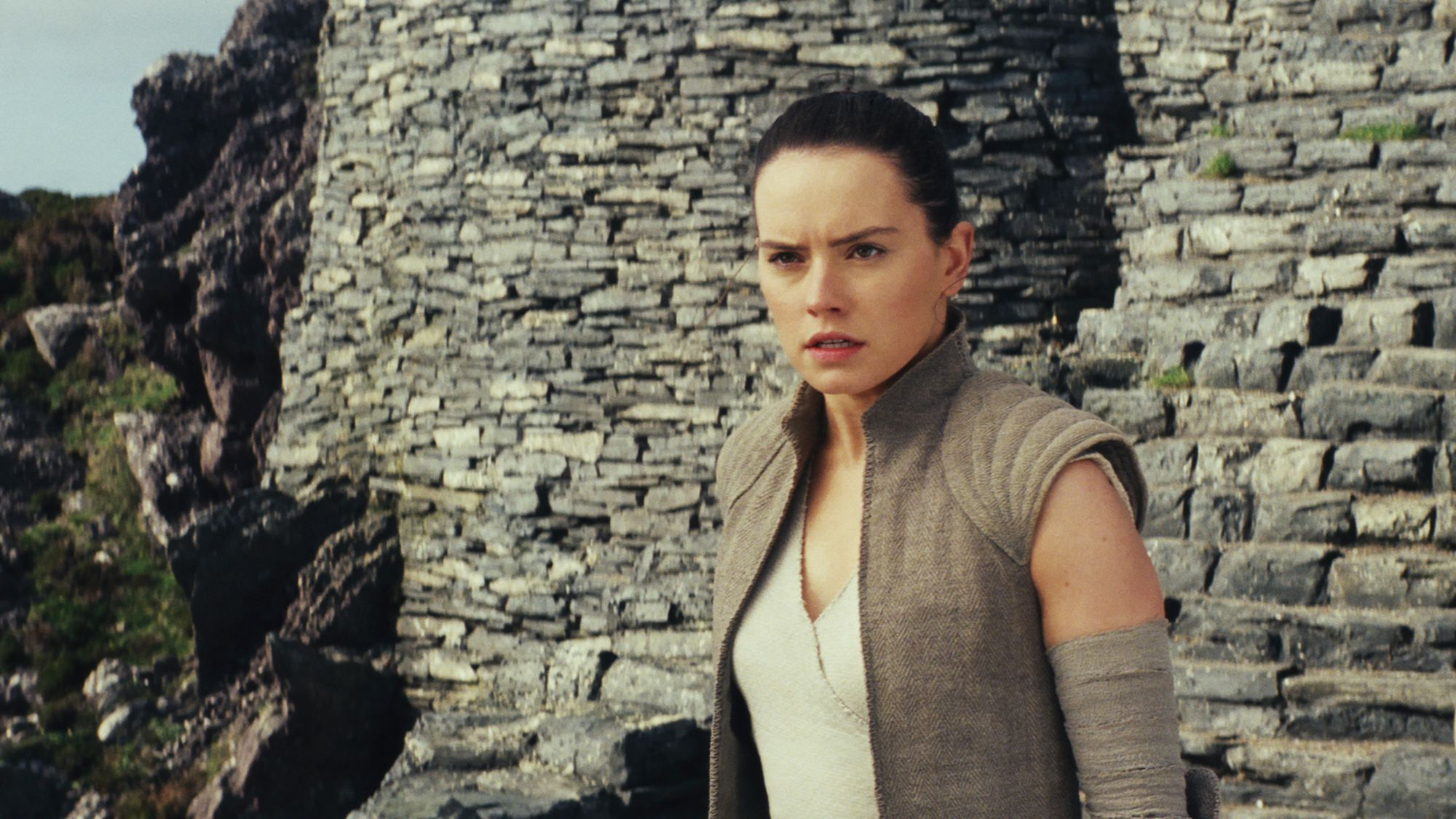 Star Wars The Last Jedi hub: Rey