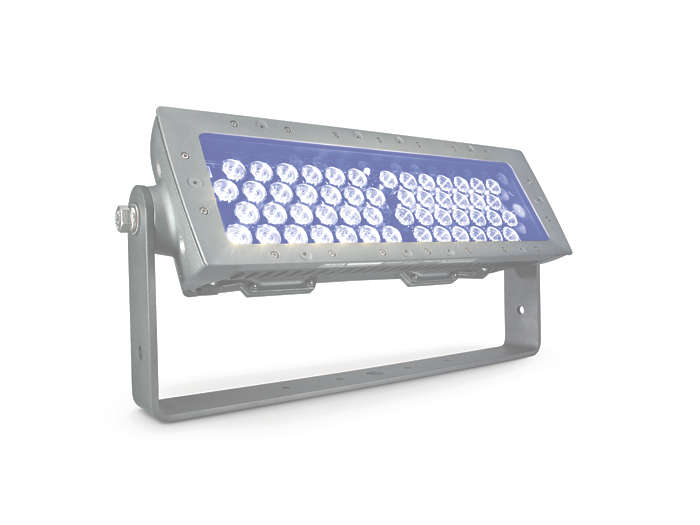 eColor Reach Compact Powercore floodlighting Blue LED fixture