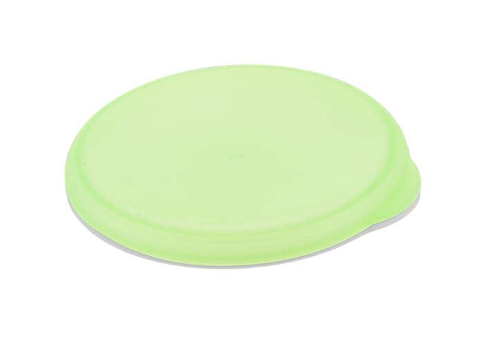 Tapa verde para sellar el vaso para mayores