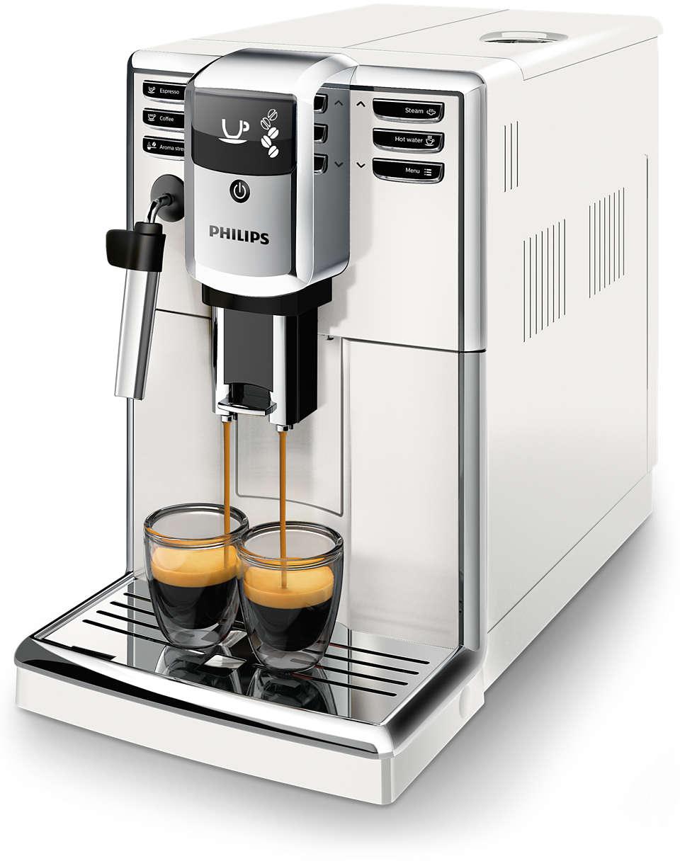 3 variedades de café con granos recién molidos con facilidad