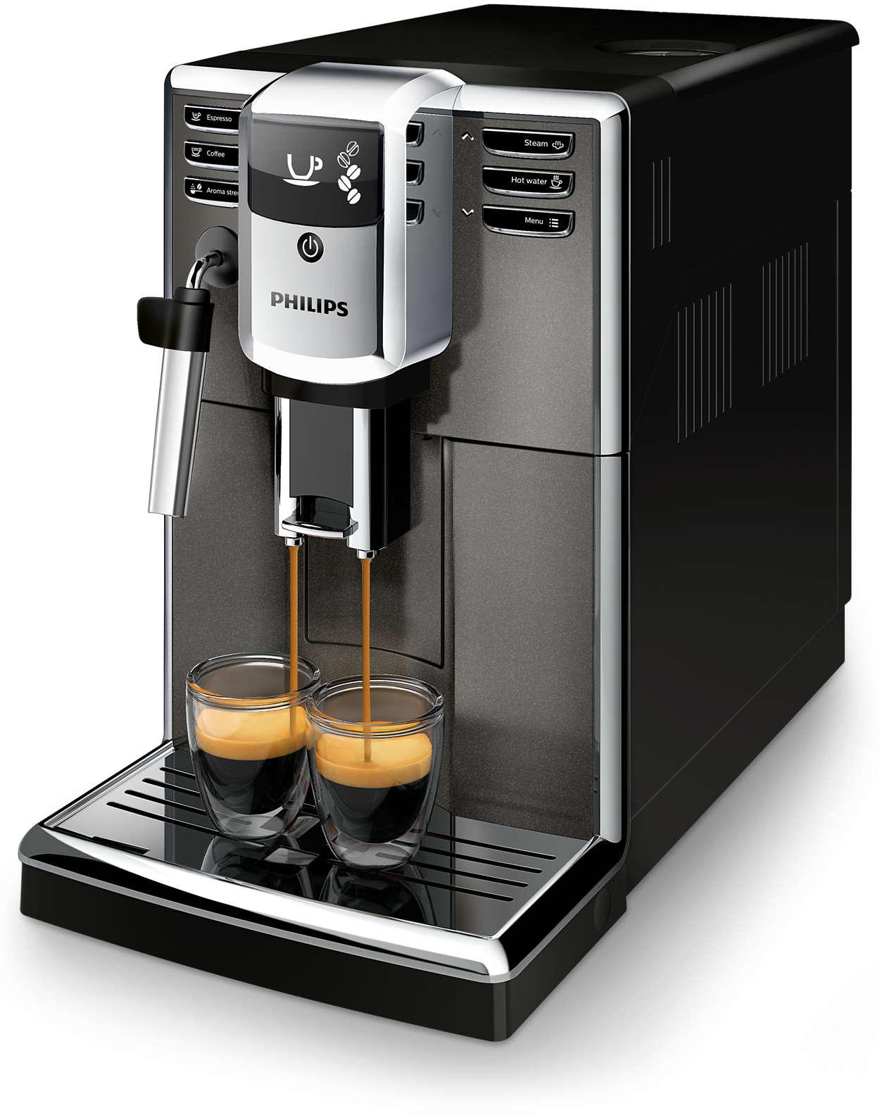 Tre kaffevarianter med ferske bønner