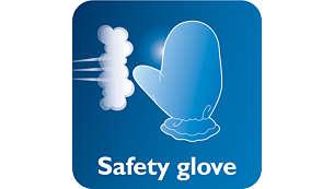 Handske som extra skydd under strykningen