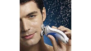 El agua caliente abre los poros dando como resultado un afeitado apurado