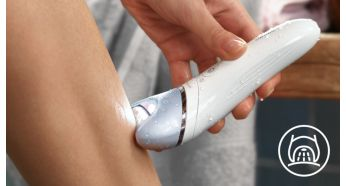 Opti-light helps you target and remove even the trickiest hairs - Philips Satinelle Advanced Wet & Dry Epilator