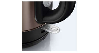 Pilot light indicates when the kettle is switched on
