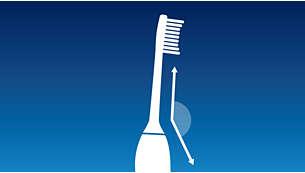 Vinklad borsthuvudshals gör det enklare att nå de bakre tänderna