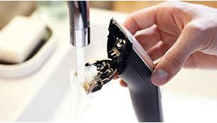 Cabezal con apertura a presión que facilita la limpieza bajo el grifo