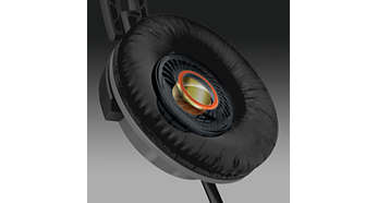 32 mm speaker driver delivers powerful and dynamic sound