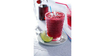 Helps to prepare anything from smoothies to batters