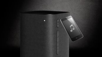 One-touch with NFC-enabled smartphones for Bluetooth paring