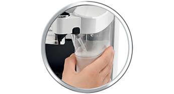 Getränke auf Knopfdruck dank des integrierten Milchbehälters