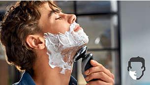 Aquatec 乾濕兩用設計,讓您自由選擇舒適的乾刮與清爽的濕刮