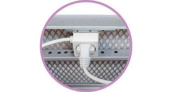 Zusätzliche Kabellänge für Ihr Bügeleisen: integrierter Netzstecker