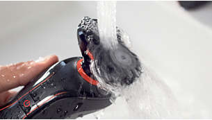 The handle and bodygroom attachment are water-resistant