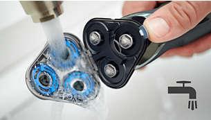 Aparatul de bărbierit poate fi clătit uşor la robinet