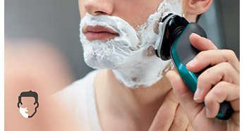 Obtenez un rasage à sec confortable ou rafraîchissant sur peau humide grâce au système AquaTec