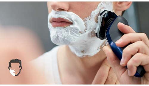 Få en behageligt tør barbering eller en forfriskende våd barbering med Aquatec