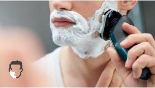 Технология AquaTec для комфортного сухого или освежающего влажного бритья