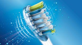 Dostosowuje się do kształtu zębów i dziąseł, aby zapewnić głębsze czyszczenie