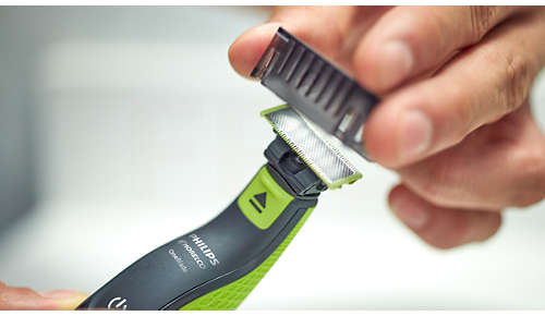 3 click-on stubble combs (1, 3, 5mm) for an even stubble
