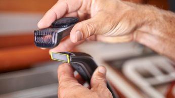Pente aparador de precisão com 12 regulações de comprimento (0,5 a 9mm)