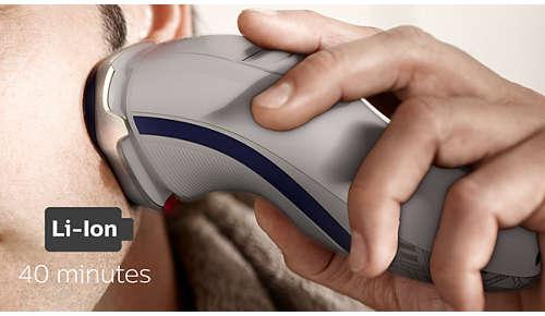 8 godzin ładowania wystarcza na 40 minut bezprzewodowego golenia