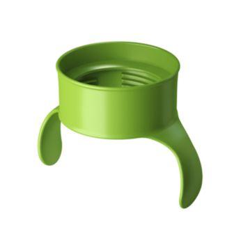 Ребенок может держать чашку разными способами