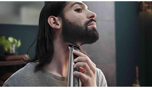 Aparatul de tuns metalic îţi tunde cu precizie barba, părul şi părul de pe corp